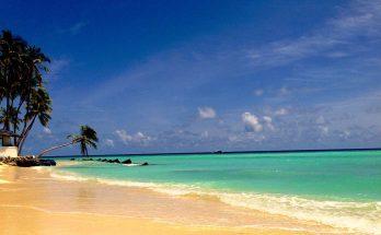 Plage de Maafushi aux îles Maldives